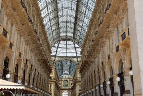 Milan Cruise